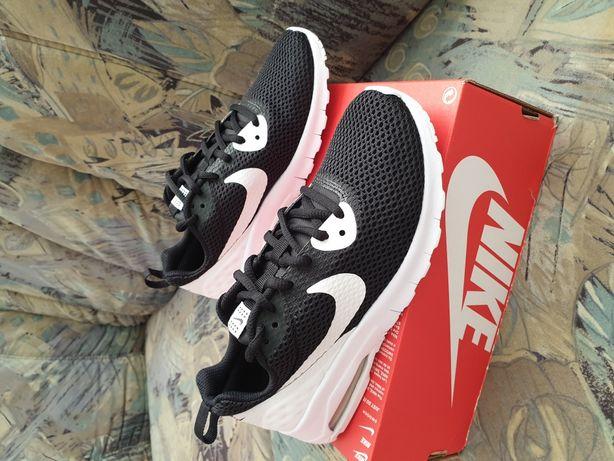 Nike Air Max Motion nr.35.5 si nr.36
