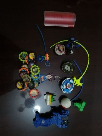 Yugi, bey blade, pokemon, spider, batman, pokemon, action man, scooby.