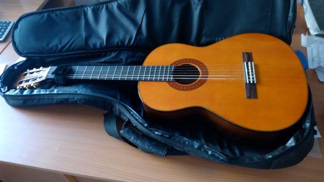 Классическая гитара YAMAHA  модель C70