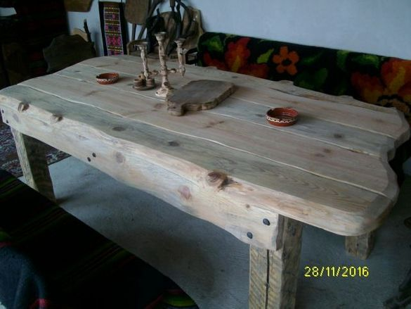 Изработка на маси столове пейки