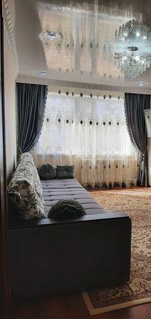 Продается диван для гостиной  Длина 3м.