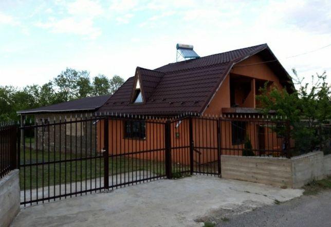 Vand casă vilă langa Valeni de Munte valea prahovei