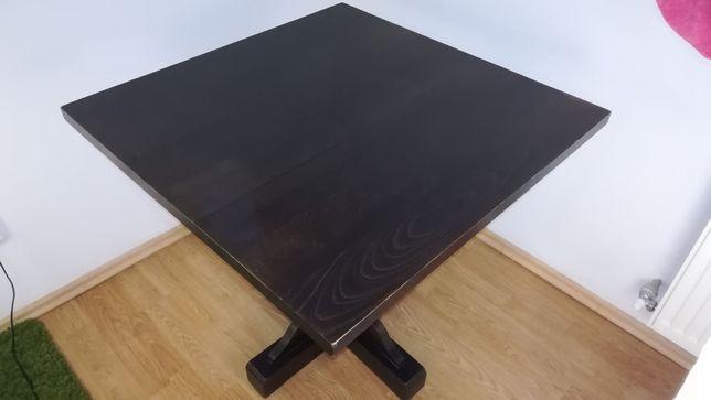 Masa pătrată cu un picior, din lemn masiv, pentru 4 persoane