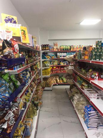 Витрина магазин полка хлебные овощные островной корзина