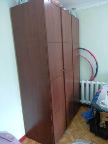 Шкаф платяной для одежды