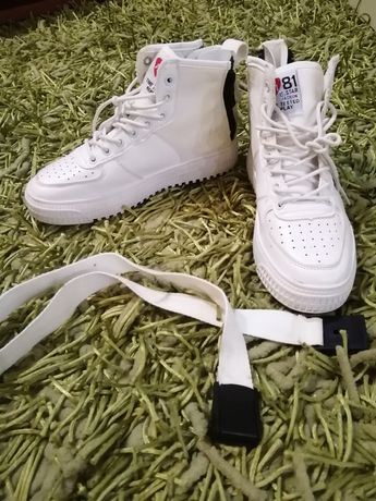 Кроссовки белые, унисекс