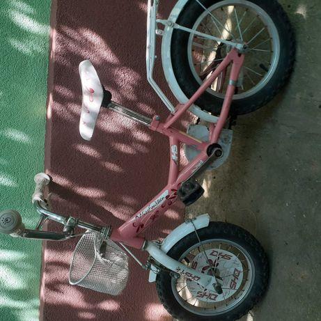 Vand bicicleta de fetite