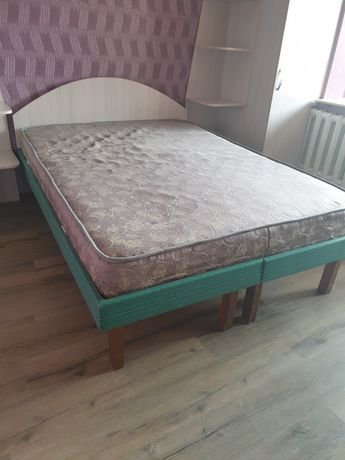 Продам кровать 140 на 200