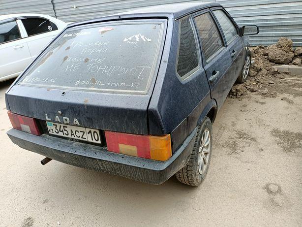 Lada Ваз 2109   .