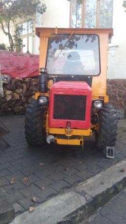 Tractoras,super util cu plug inclus