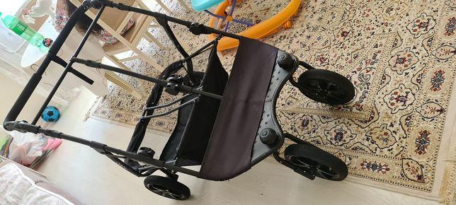 Продам коляску для двойни Cozy duo