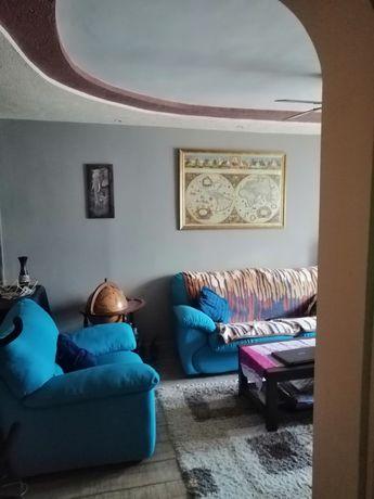 Schimb apartament cu 3 camere (+diferenta) cu casa/apart cu 4 camere