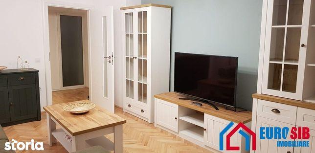 Apartament de închiriat cu 3 camere decomandat în Sibiu zona