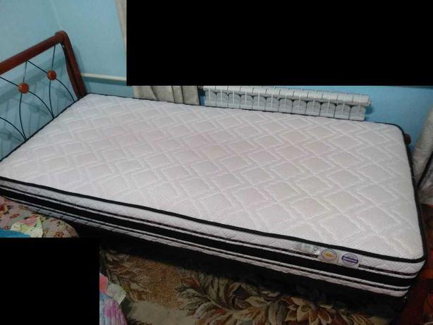 Срочно продам односпальную кровать с ортопедическим матрасом