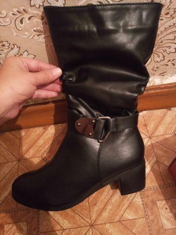 Срочно продам женскую обувь