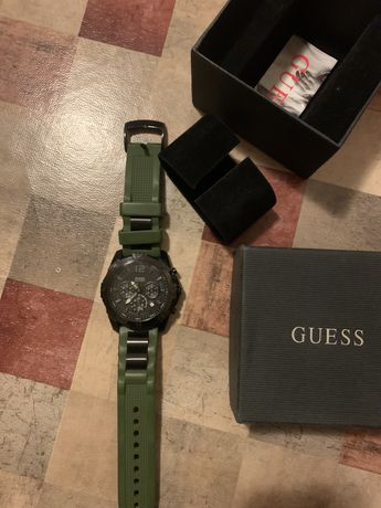 Ceas Guess Army edition