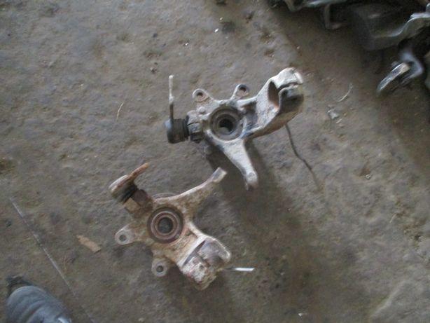 Fuzeta butuc roata fata Ford Mondeo Mk3 motor 2,0 TDDI TDCI