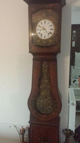 pendula de podea, ceas vechi de colectie