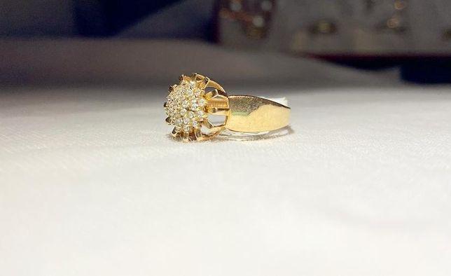 Золотое кольцо с камнями 585 #АС 8176