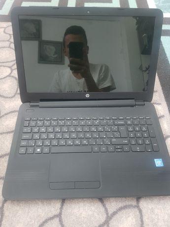 Лаптоп hp в добро състояние