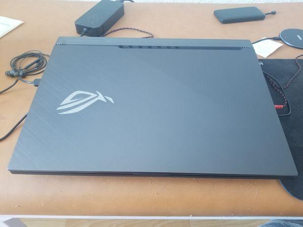 Asus Scar 3 RTX2060, i7-9750H, 17'3 144Hz, 16Gb Ram, 1Tb SSD