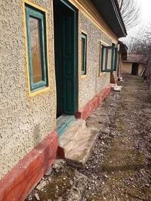 Vand casa batraneasca