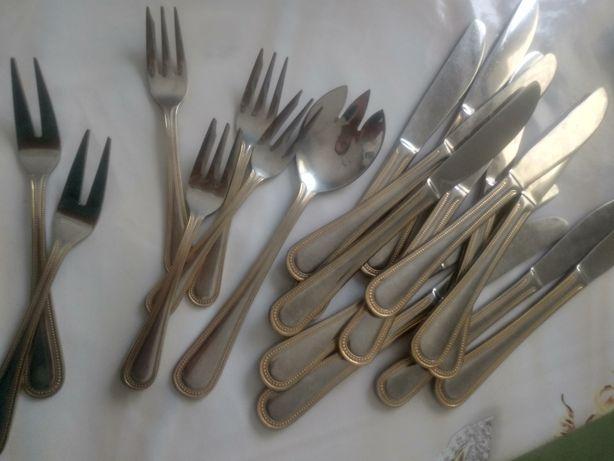 Вилки десертные, ножи