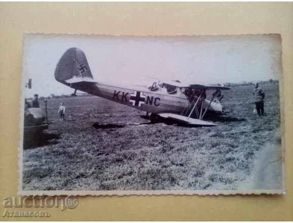 Снимка разбит немски самолет