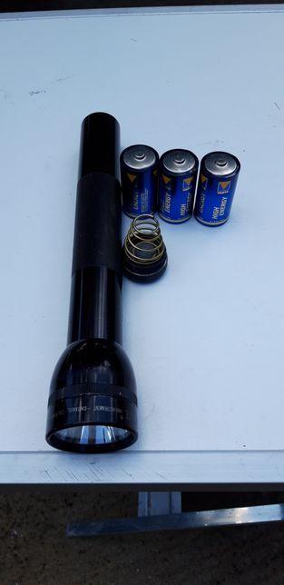 Lanterna mag-lite U.S.A originala 3 bateri