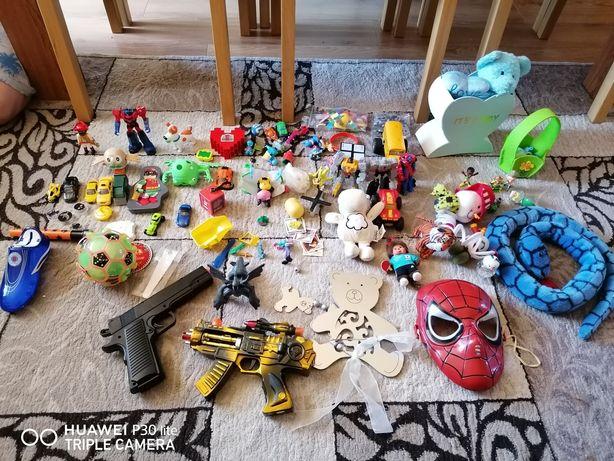 Vând diferite jucării