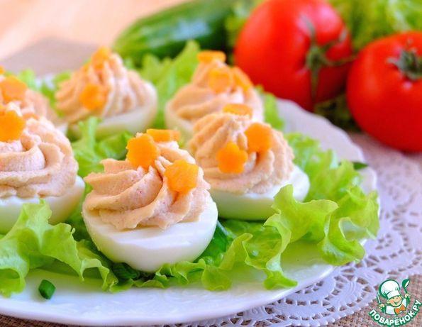 Ouă cu umplutură de ficat