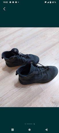 Продам ботиночки на осень, размер 32