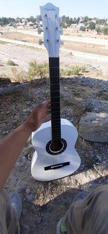 Новая гитара я новую купил стояла гдета неделю
