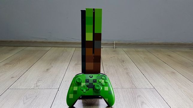 Consola XBox One S Minecraft