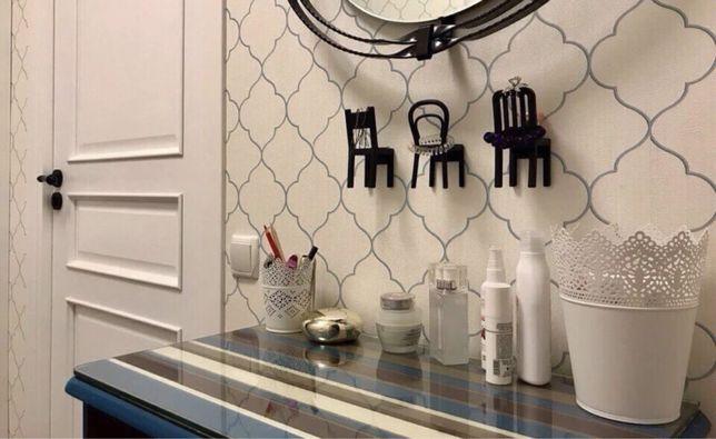 Крючки-вешалки в виде стульев от IKEA