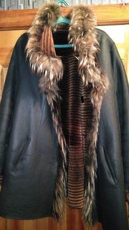 Продам двухстороннюю куртку дубленку