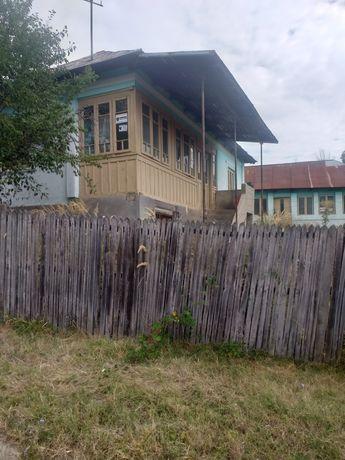 Vand casa in comuna Balcesti, sat Contea