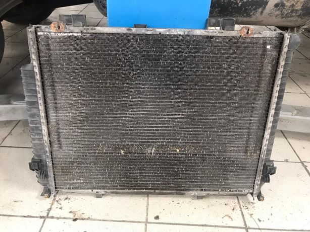 Радиатор mersedes e320 w210