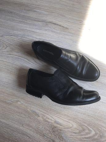 Кожаные туфли в школу