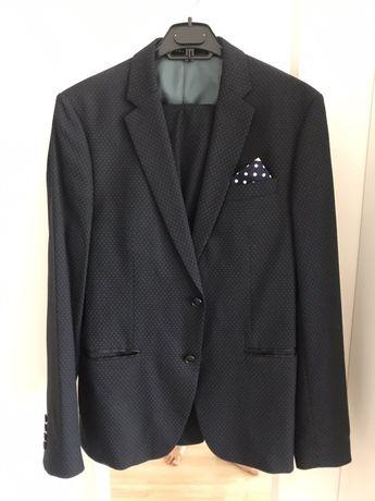 Costum Zara