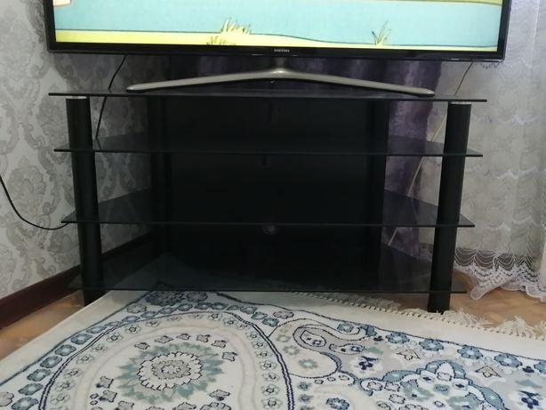 Продаётся стеклянная подставка под телевизор