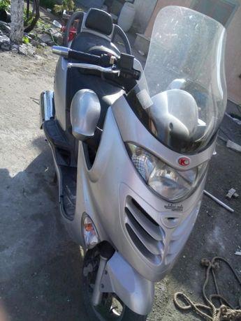 Скутер Kumho grand Dink 250 Ел. Огледала
