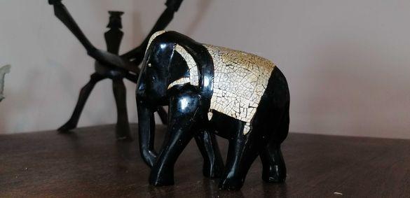 Декоративен дървен слон