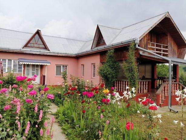 Casă de vânzare în Dolheștii Mari , Suceava.