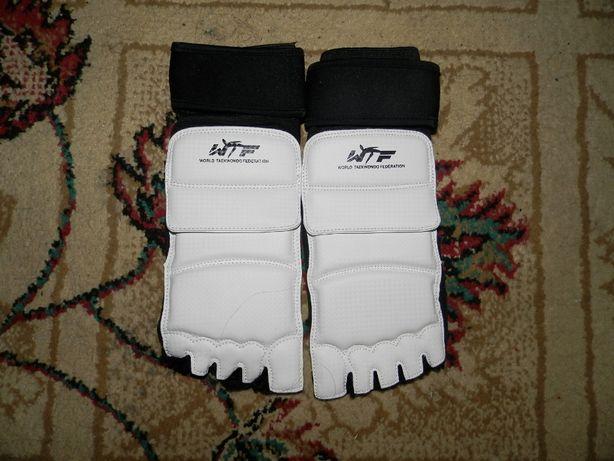 Aparatori pentru Picioare Taekwondo KARATE