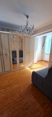 Vand apartament cu doua camere