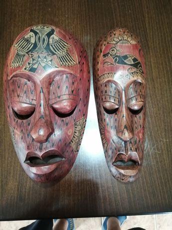 Mască africană, sculptată, pictată
