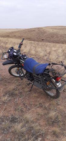 Продам мотоцикл байга кадиак 200кубиков