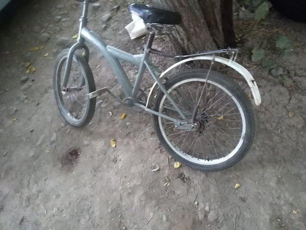 Велосипед.  Украйна Бойалған сұрға алдынғы кірило берем салып аласын..