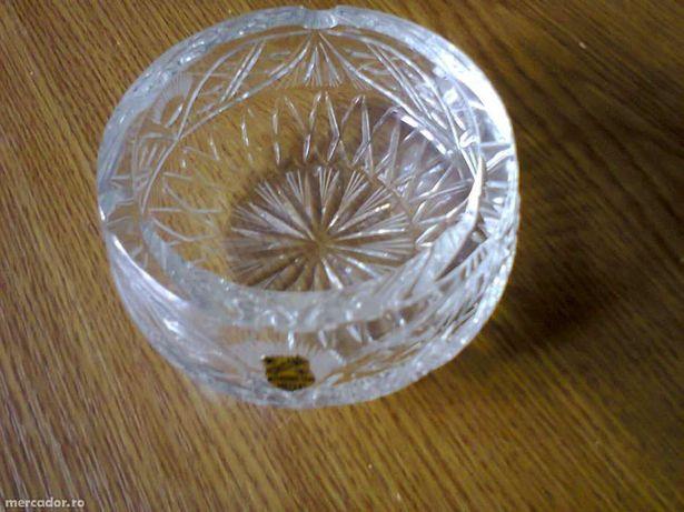 Scumiera de cristal